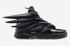 God Save the Queen and all: Adidas Originals by Jeremy Scott JS Wings 3.0 #sneakers #adidasoriginals #jeremyscott