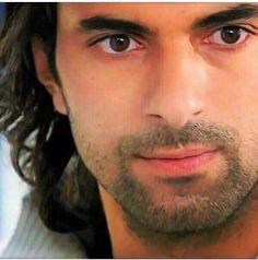 Kerim ♥ Handsome Faces, Turkish Actors, Best Actor, Actors & Actresses, Beautiful Men, Cool Photos, My Love, Celebrities, Twitter