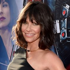 Evangeline Lilly - I love this haircut.