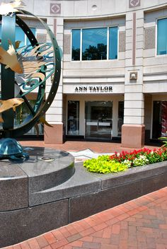 Ann Taylor on Presidents Street in Reston Town Center