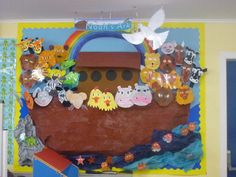 S ark classroom display photo - photo gallery - sparkle Class Displays, School Displays, Library Displays, Classroom Displays, Photo Displays, Maths Display, Classroom Decor, Noahs Ark Craft, Noahs Ark Theme