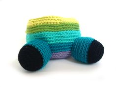 Hate attaching limbs to amigurumi? Not after reading this post by Fresh Stitches!