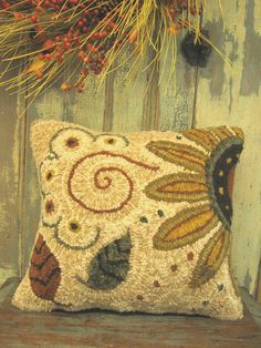 Primitive Handmades Mercantile: Red House Wool Studio~Hooked and designed by Cathy Greschner