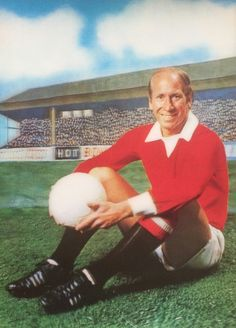Bobby Charlton of Man Utd 3D card from 1972.