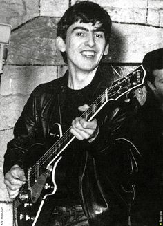 George Harrison (THE BEATLES ANTHOLOGY Book 1960-62 Performing at The Cavern)