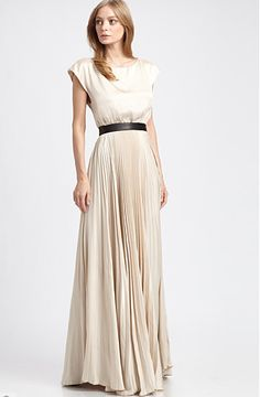 THE PERFECT DRESS FOR WEDDING