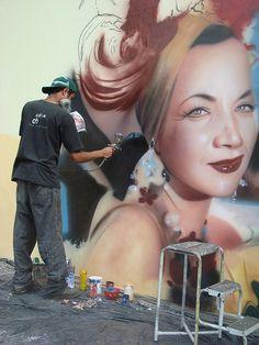 Carmen Miranda street art by Eduardo Kobra Kobra Street Art, Murals Street Art, 3d Street Art, Amazing Street Art, Street Art Graffiti, Street Artists, Amazing Art, Banksy, L'art Du Portrait