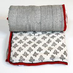 Black Leaf >> Love this quilt!