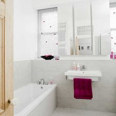White and pink bathroom | Bathroom decorating ideas | Modern bathrooms