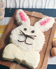 How to bake a bunny cake!