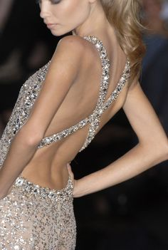 Blingy and backless = love