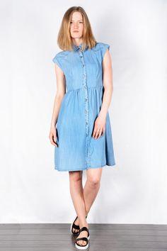 Wandi Shirt Dress