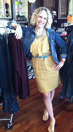 Amy from Corset Boutique rockin a new fall dress.