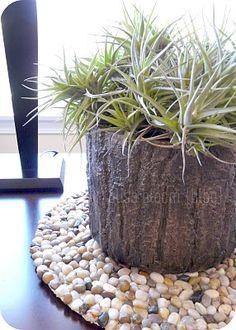 Pebble Stone Placemat.....Handmade Cheap Garden Decor Ideas To Upgrade Your Garden #DIYGardenDecorIdeas