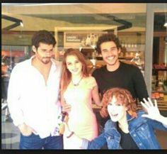 İnadına Aşk Turkish Actors, Canning, Couple Photos, Couples, Lady, Artists, Amor, Movies, Pink