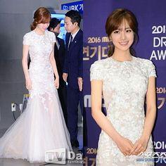 Jin se yeon The cupcake  Recently all her dresses are white  the MBC Drama Awards 2016  #jinseyun #jinseyeon #theflowerinprison #kdrama #koreandramathings #kdramathings #koreandrama  #mbc #mbc방송연예대상 #2016MBCDramaAwards #MBCDramaAwards