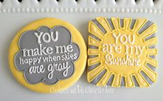 Cookies with Character: How to Pipe Words on Cookies