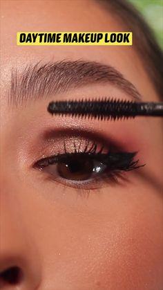 Soft Eye Makeup, Nude Makeup, Skin Makeup, Eyeshadow Makeup, Natural Makeup, Makeup Artist Tips, Makeup Tips, Beauty Makeup, Cool Makeup Looks