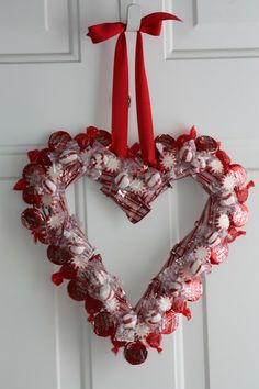 like a pretty petunia: [Valentine] Share the Love Candy Wreath