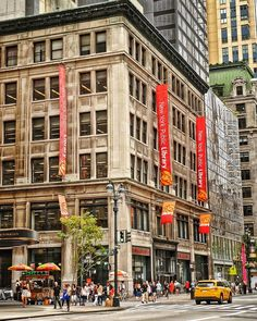 #streetphotography #streetphoto #capture #urbanandstreet #photo #streetlife #newyorkcity #cityscape #nyc #newyork #manhattan #photography #photooftheday #theimaged #visualsoflife #agameoftones #streets_vision #ig_today #exploretocreate #beautifuldestinations #killeverygram #ny #moodygrams #artofvisuals #ig_captures #visualambassadors #urbanphotography #streetdreamsmag #urbanromantix #shoot2kill