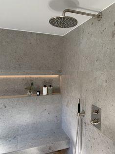 Ideas Baños, Appartement Design, Bathroom Design Luxury, Modern Bathroom Tile, Home Decor Paintings, Bathroom Inspiration, Cheap Home Decor, Home Decor Accessories, Entryway Decor
