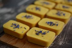 Natural soaps with fresh orange and yoghurt, by @naturalmemories