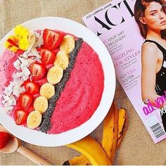 Good Morning! Have you tried making your own acai bowl for breakfast? They are delicious, healthy and aesthetically pleasing.