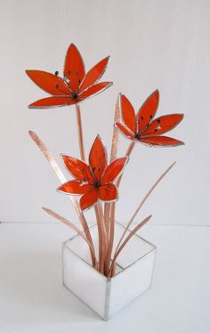 Hey, I found this really awesome Etsy listing at https://www.etsy.com/listing/177392806/day-lilies-in-bright-orange-stained