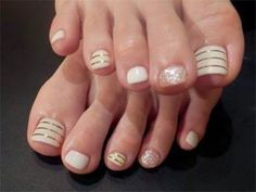 Easy nail designs for beginners so cute and simple that you can summer 2015 nail designs gold toe nailseasy prinsesfo Choice Image