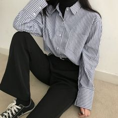 블랙업 쇼핑몰 Ulzzang Fashion, Asian Fashion, Look Fashion, 90s Fashion, Fashion Outfits, Aesthetic Fashion, Aesthetic Clothes, Looks Style, My Style