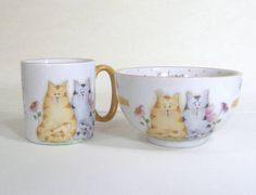 Kit formado por 2 peças -Tigela chinesa  -Caneca americana 200 ml Desenho casal de gatos,pode ser personalizado com o nome. R$ 49,00                                                                                                                                                     Mais