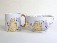 Kit formado por 2 peças -Tigela chinesa  -Caneca americana 200 ml Desenho casal de gatos,pode ser personalizado com o nome. R$ 49,00