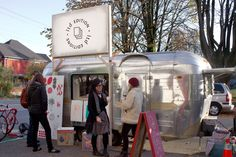 A mobile installation serving street art, made to order