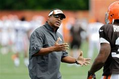 FILE - In this Sunday, July 28, 2013 file photo, Cleveland Browns defensive coordinator Ray Horton gestures during training camp at the NFL football team's facility in Berea, Ohio. A person familiar with the hiring says new Browns coach Hue Jackson has added defensive coordinator Ray Horton to his staff, Wednesday, Jan. 20, 2016.