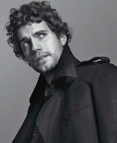 Curly, Beard, and Ordinary. Sexy Henry Cavill!