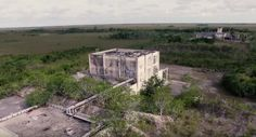 Aerojet Dade is an abandoned rocket testing and manufacturing facility located right on the edge of the Florida Everglades. Places In Florida, Visit Florida, Florida Vacation, Florida Travel, Everglades National Park, Florida Everglades, South Miami, Sunflower Fields, The Outsiders