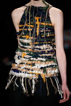Altuzarra Fall 2014 RTW - Details - Fashion Week - Runway, Fashion Shows and Collections - Vogue texture Fashion Moda, Knit Fashion, Fashion Week, Fashion Art, Runway Fashion, High Fashion, Fashion Show, Fashion Design, Vogue Us