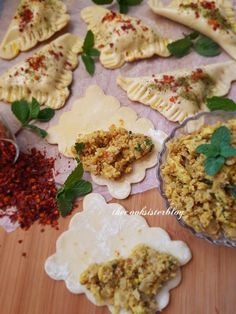 Chicken Mince Filling For Pies Mince Pie Filling, Mince Pies, Real Food Recipes, Cooking Recipes, Yummy Food, Healthy Recipes, Eid Food, Mince Recipes, Small Desserts