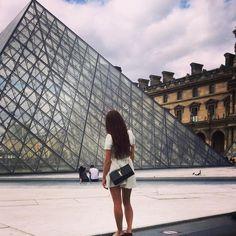 #Paris #louvre ✌🏻️