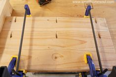 Build a Outdoor Table with My Free DIY Plans Creative DIY for your life and home.You are here: / / Build a Outdoor Table with My Free DIY PlansBuild a Outdoor Table with My Fr 2x4 Wood Projects, Diy Projects Plans, Beginner Woodworking Projects, Diy Outdoor Table, Outdoor Patio Umbrellas, Diy Table, Wooden Pallet Furniture, Patio Furniture Sets, Diy Furniture