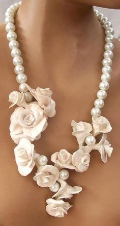 Collar de Perlas, pearl necklace Outfits, Outfit Ideas, Outfit Accessories, Cute Accessories