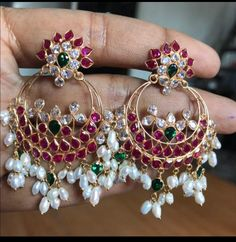 Saved by radha reddy garisa Gold Earrings Designs, Gold Jewellery Design, Necklace Designs, Gold Wedding Jewelry, Rose Gold Jewelry, Beaded Jewelry, Simple Earrings, Designer Earrings, Costume Jewelry