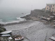La neve a #Genova