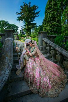 Wedding indian dress bridal lehenga bride groom Ideas for 2019 - boardss. Sikh Wedding Dress, Punjabi Wedding Couple, Couple Wedding Dress, Indian Wedding Couple Photography, Indian Wedding Photos, Bridal Photography, Punjabi Couple, Punjabi Bride, Indian Bridal