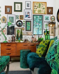 Amanda Cotton of HouseLust. A Colourful, Victorian Home Renovation A Colourful Victorian Terrace Amanda Cotton of HouseLust. A Colourful, Victorian Home Renovation Green Sofa, Deco Design, Home And Deco, Eclectic Decor, Eclectic Gallery Wall, Eclectic Taste, Eclectic Design, Modern Decor, My New Room