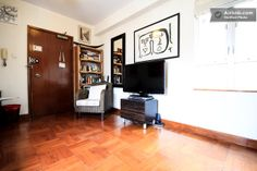Quiet, convenient flat in Soho in Hong Kong