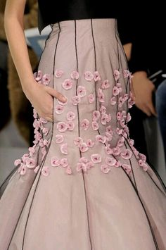 DETAILS-DIOR COUTURE 13