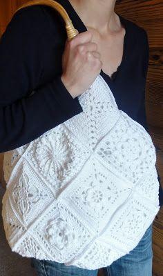 Ravelry: Romantic Granny Bag pattern by Rita Reichmuth Form Crochet, Knit Or Crochet, Filet Crochet, Crochet Motif, Crochet Hats, Crochet Beach Bags, Crochet Market Bag, Crochet Stitches Patterns, Crochet Designs