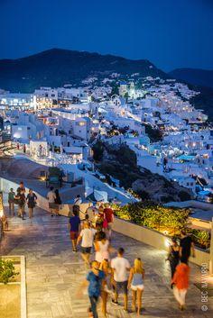 Summer nights in Oia, Santorini, Greece