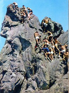 La Dame jouanne et l'école d'alpinisme de Fontainebleau 77 a  Larchant
